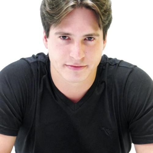 David Cavalini Tonhato's avatar