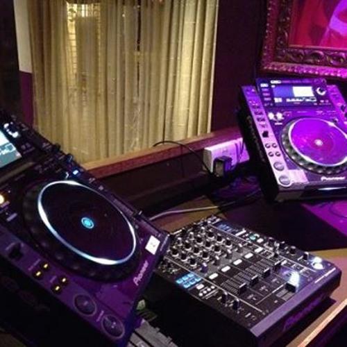 DJ Ronylabs.com's avatar