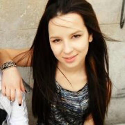 Maggie Dimova's avatar