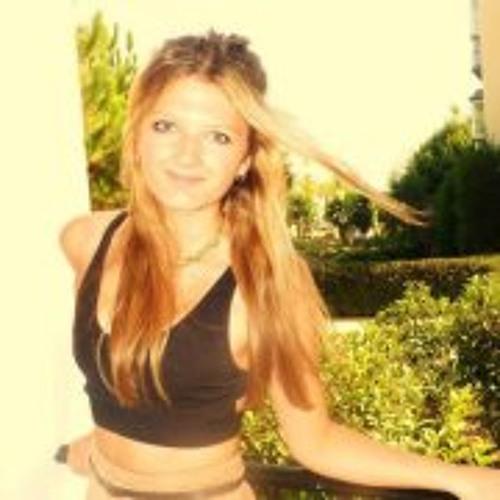 Amy Halsall's avatar