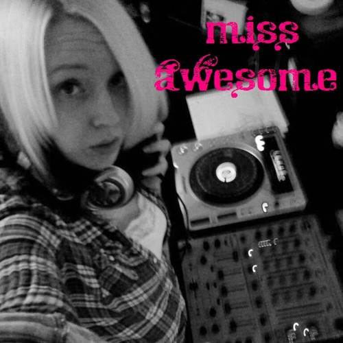 miss awesome's avatar