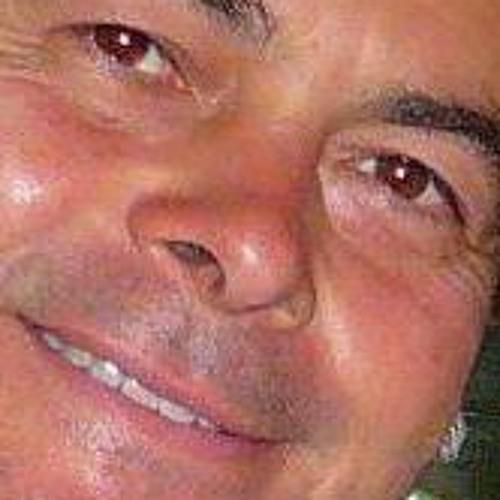 Gustavo Cuellar 2's avatar