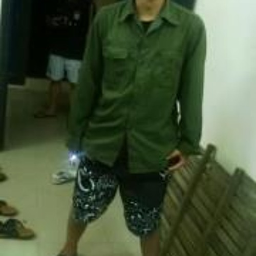 Je Suis 9's avatar