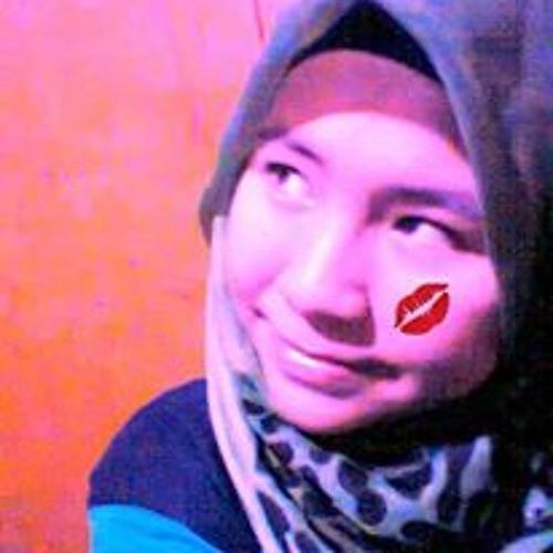 Tyha Ayza's avatar