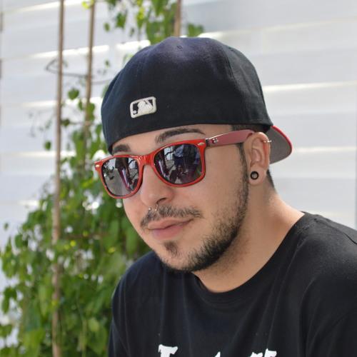 Ricardo Pereira 70's avatar