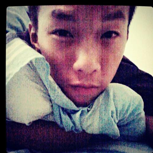 Rayon Heng's avatar