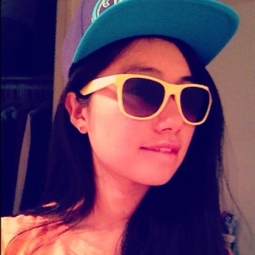 Sharon_M's avatar