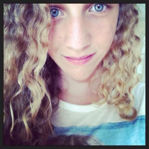 julia_gaspar's avatar