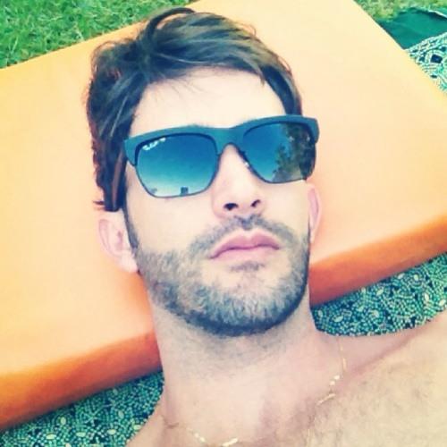 Fabio TavaresD's avatar