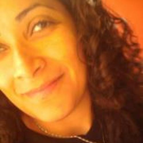 Angela Lacerda 1's avatar