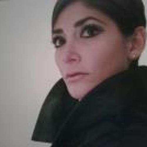 Nadia Oliva's avatar