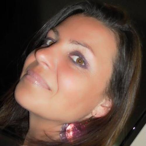 Kathrin Teixeira's avatar