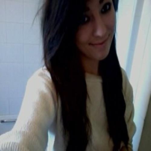 Justine Nicole Louise's avatar
