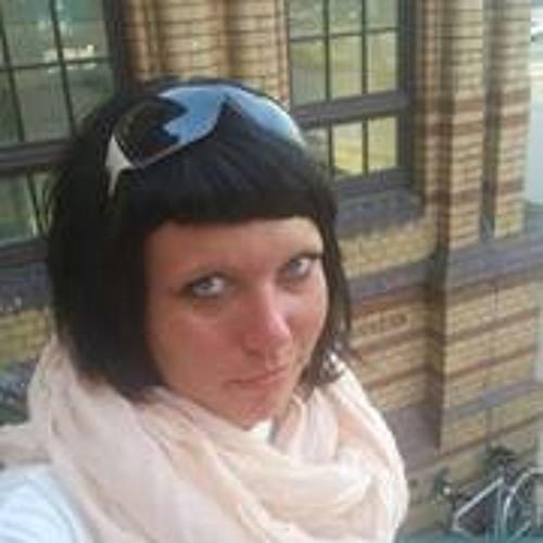 Zoe Siri Seni's avatar