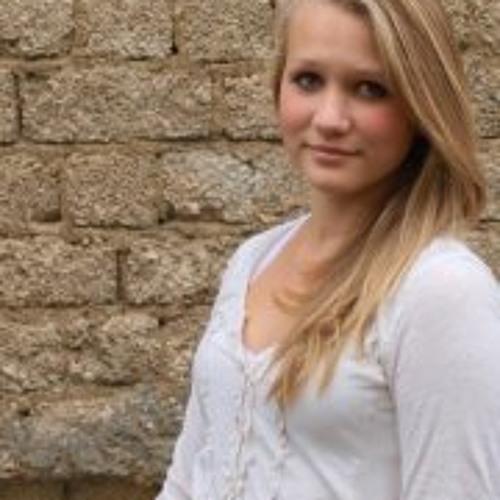 Elisabeth Gmr's avatar