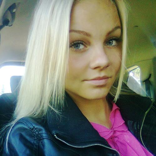 Sandra L 1's avatar