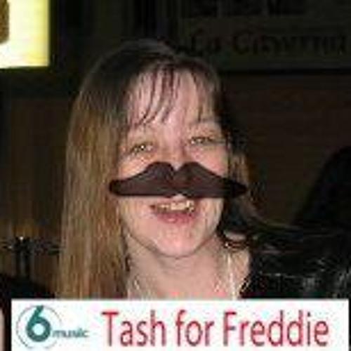 Angie Mattholie's avatar