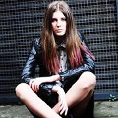 Carmen Maria 9's avatar