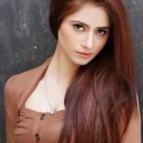 Zunara Salim Chohan's avatar