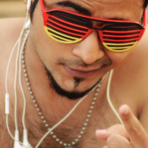 Raheel Qureshi's avatar