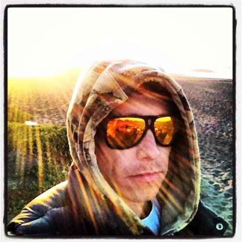 Francisco Olivares M's avatar