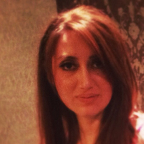niki khaleghi's avatar