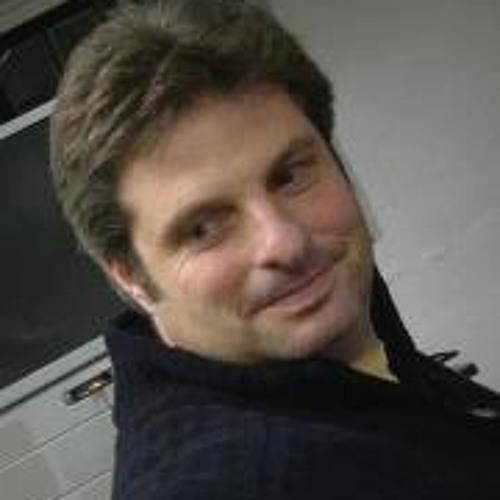 Thom Pope's avatar
