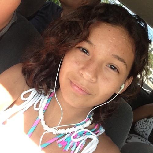 Samantha Avellaneda's avatar