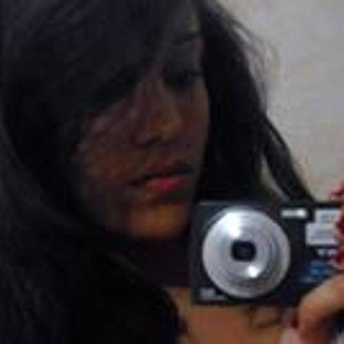 Bruna Santos 68's avatar