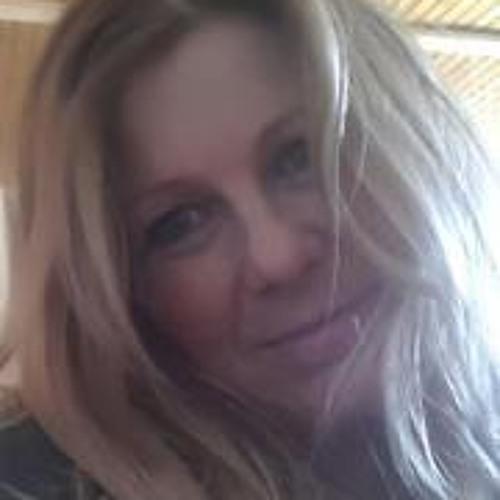 Melanie Schmidt 15's avatar
