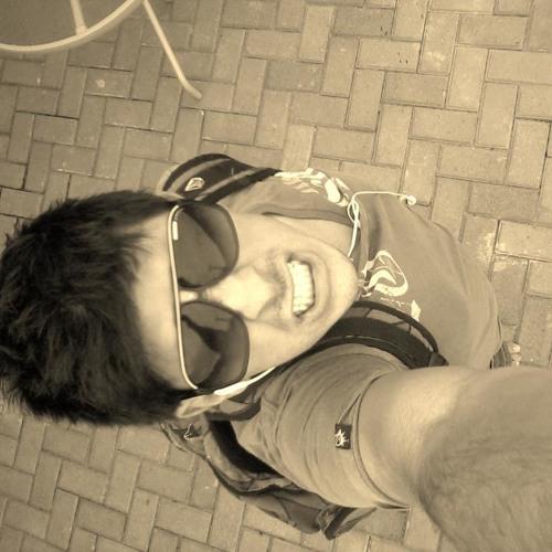 Guilherme Aguirre 1's avatar