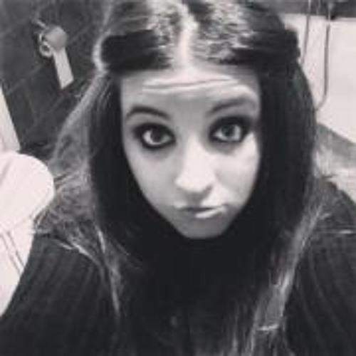 Clauudia Gonzalez's avatar