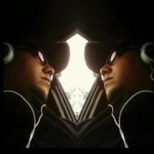 Carlos Menendez Escobar's avatar