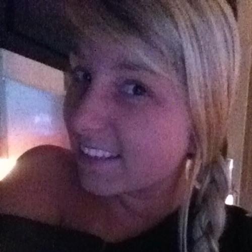 lindsxx423's avatar