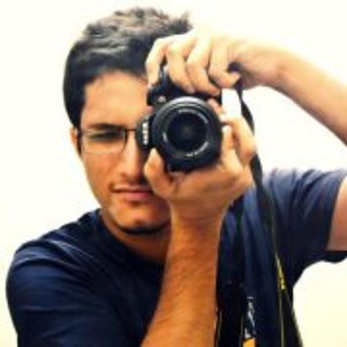 Adnan Nayyer's avatar