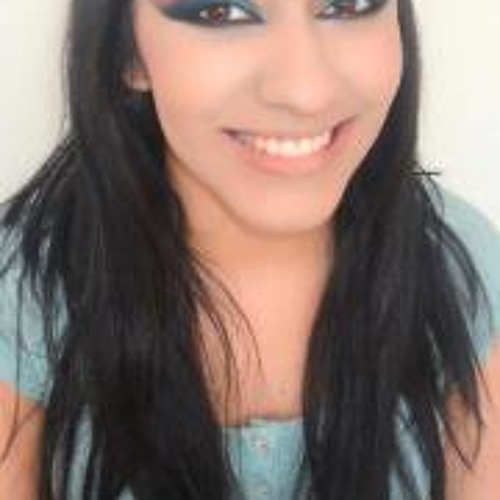 Liia Caceres's avatar