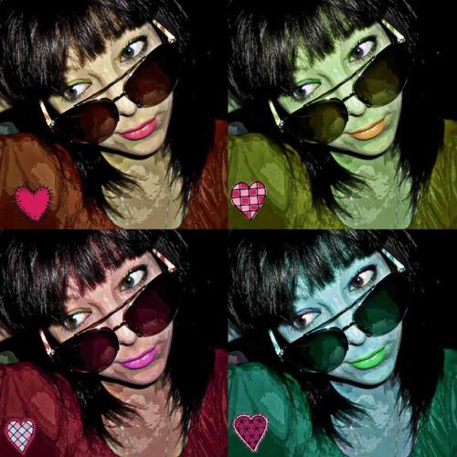 Tiffany Messy Sunday's avatar