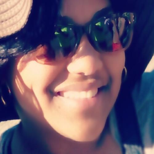 Lizzelle Pedro 1's avatar