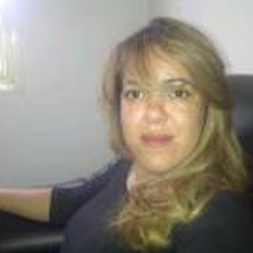 Fabricia Cristiane's avatar