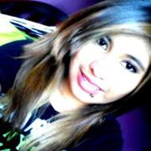 Izzy Carlos's avatar