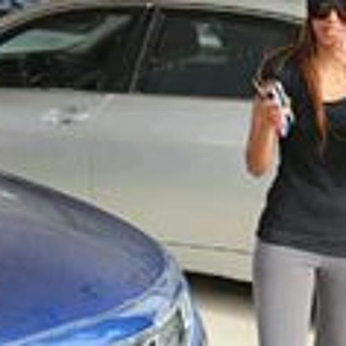 Lamya Albader's avatar