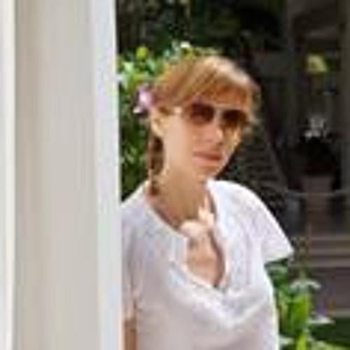 Caroline Rechia's avatar