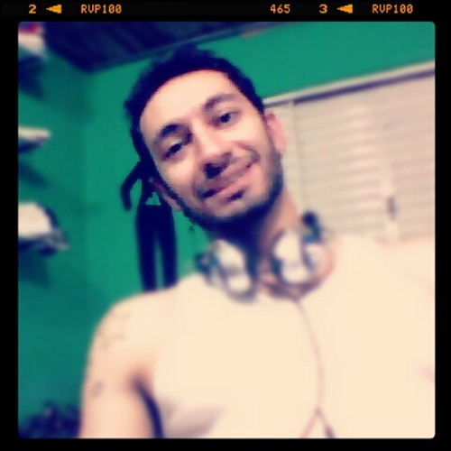 Marcel Alves Moreno's avatar
