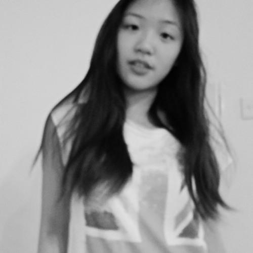 Cecilia Chow's avatar