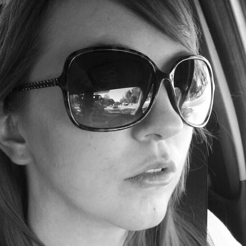 Bri Dally's avatar