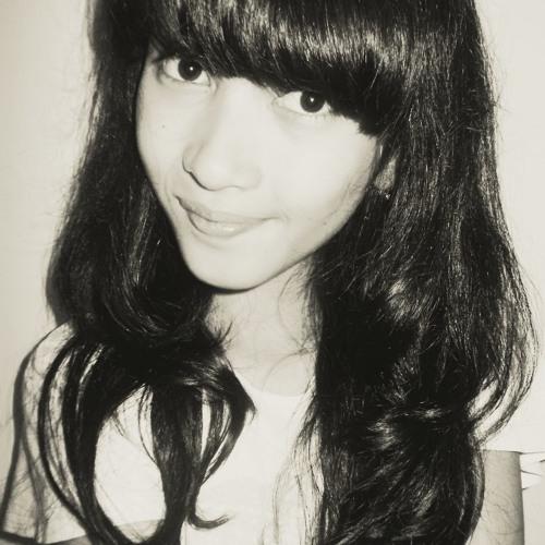 Nazza Fatiya's avatar