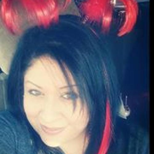 Tina Romo's avatar