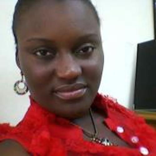 Naa Darkua's avatar