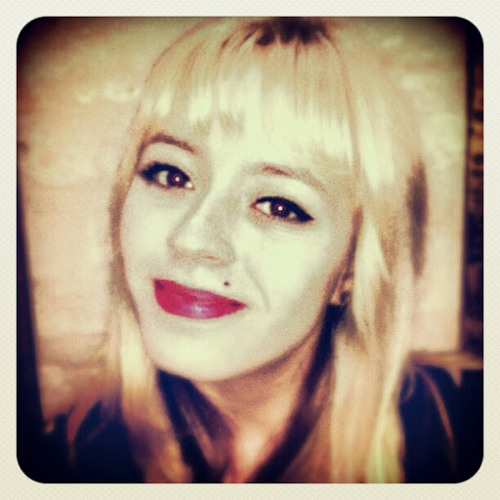 Giovana Garbellini's avatar