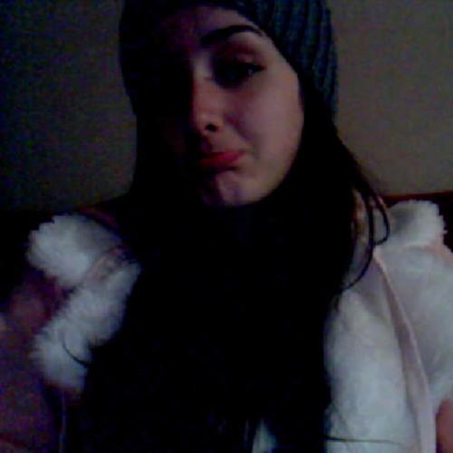 CamilaLozeckyi's avatar